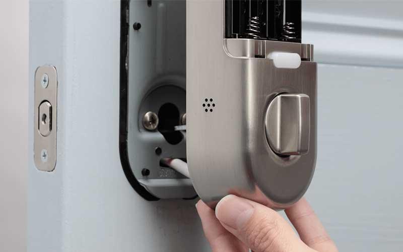 عیب یابی و تعمیر قفل برقی